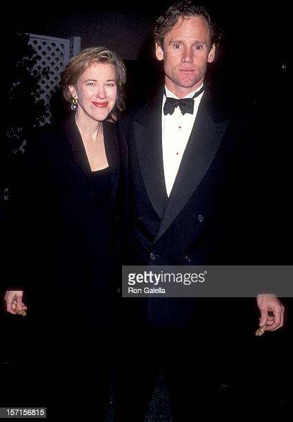 Actress Catherine O'Hara and husband Bo Welch attends the First Annual Movie Awards on January 30 1991 at Universal Amphitheatre in Universal City...