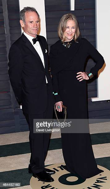 Actress Catherine O'Hara and husband production designer Bo Welch attend the 2015 Vanity Fair Oscar Party hosted by Graydon Carter at the Wallis...