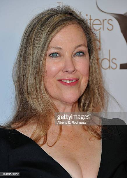Actress Catherine O'Hara arrives to the 2011 Writers Guild Awards on February 5, 2011 in Hollywood, California.