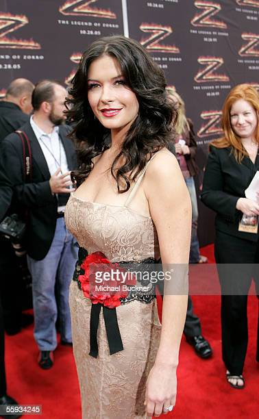 Actress Catherine ZetaJones arrives at the premiere of The Legend of Zorro at the Orpheum Theatre on October 16 2005 in Los Angeles California