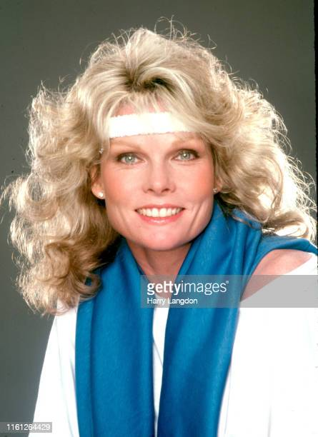 Actress Cathy Lee Crosby poses for a portrait in 1982 in Los Angeles California