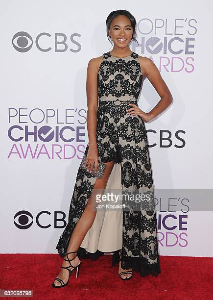 Actress Chandler Kinney arrives at the People's Choice Awards 2017 at Microsoft Theater on January 18 2017 in Los Angeles California