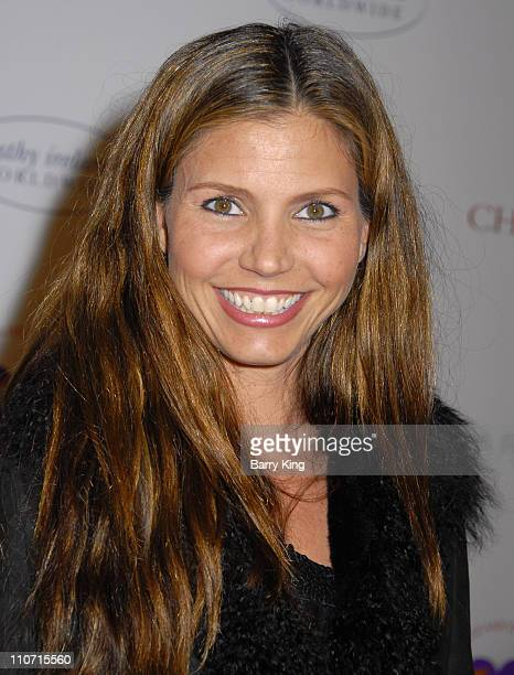 Actress Charisma Carpenter arrives at AR Gurney's 'Love Letters' starring Dame Elizabeth Taylor and James Earl Jones at Paramount Studios on December...