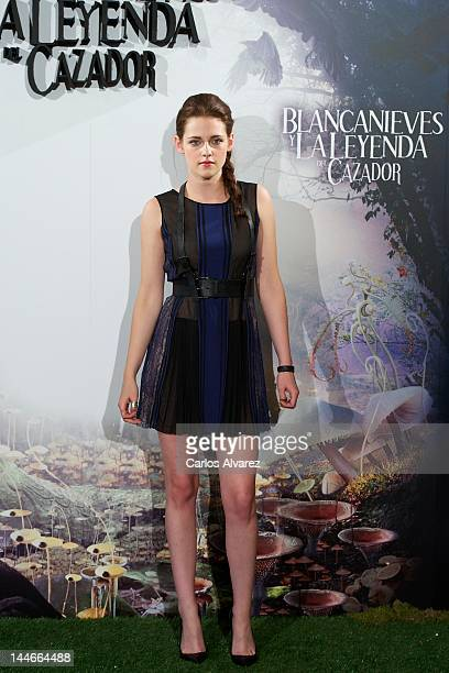 Actress Charlize Kristen Stewart attends Snow White and the Huntsman photocall at Casa de America on May 17 2012 in Madrid Spain