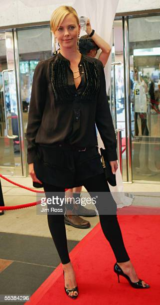 Actress Charlize Theron arrives at the Premiere of 'History of Violence' on September10 2005 in Toronto Canada