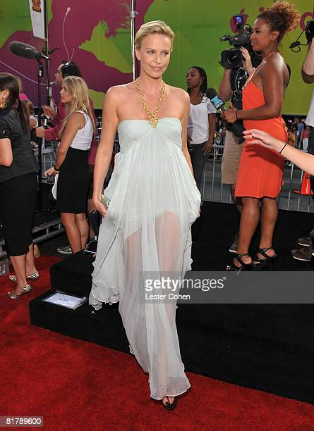 Actress Charlize Theron arrives at the World Premiere of Columbia Pictures 'Hancock' at Grauman's Chinese Theatre on July 30 2008 in Hollywood...