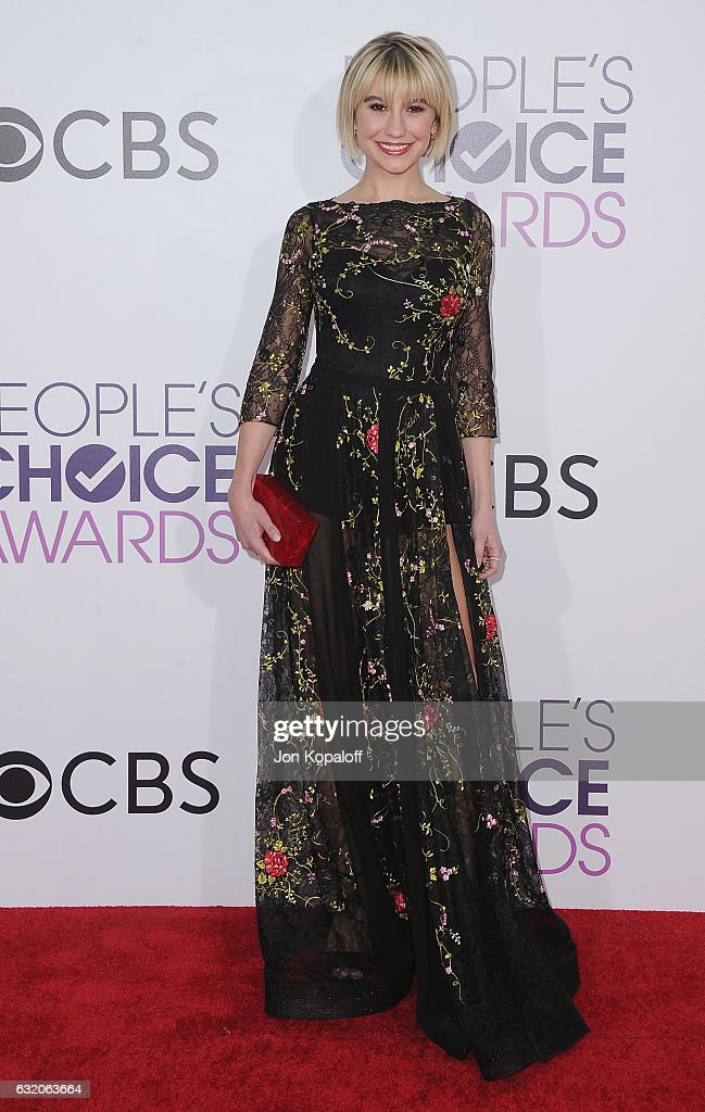 Actress Chelsea Kane arrives at the People's Choice Awards 2017 at Microsoft Theater on January 18, 2017 in Los Angeles, California.