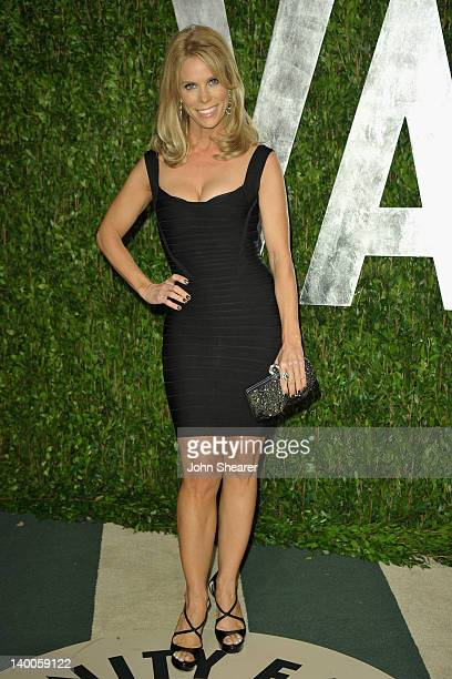 Actress Cheryl Hines arrives at the 2012 Vanity Fair Oscar Party hosted by Graydon Carter at Sunset Tower on February 26 2012 in West Hollywood...