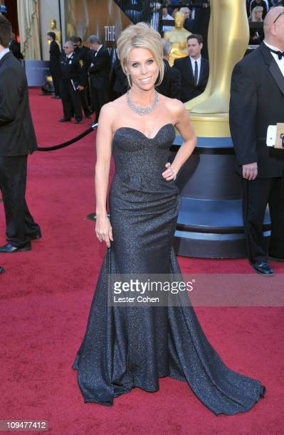 Actress Cheryl Hines arrives at the 83rd Annual Academy Awards held at the Kodak Theatre on February 27, 2011 in Hollywood, California.