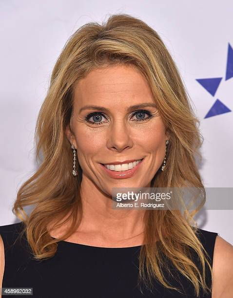 Actress Cheryl Hines attends The Zimmer Children's Museum's 14th Annual Discovery Awards Dinner Honoring Dick Lippin and Allison Shearmur at the...