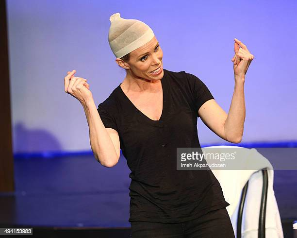 Actress Cheryl Hines performs onstage at The Groundlings Theatre's celebration of their 40th Anniversary with '2000's Decade Night' at The...