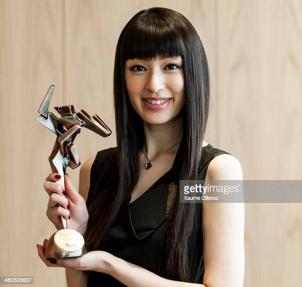 Actress Chiaki Kuriyama of Japan poses with the Rising Star of Asia award on March 24 2014 in Hong Kong Hong Kong