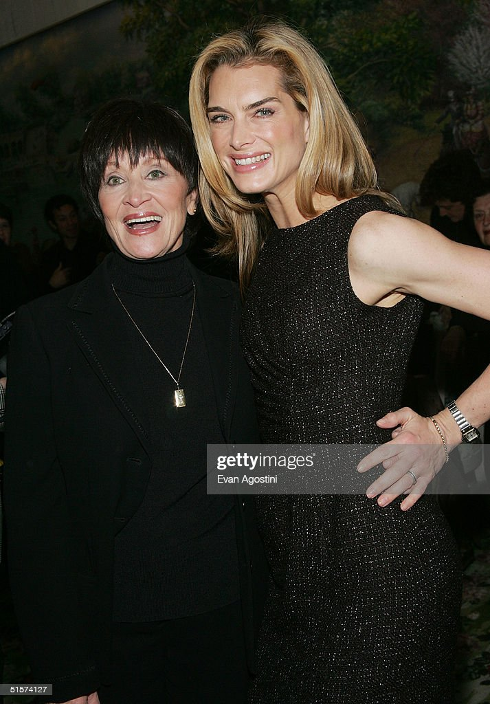 Actress Chita Rivera and actress Brooke Shields attend the 2004 Tony Honors For Excellence In Theater luncheon at Tavern On The Green October 26, 2004 in New York City.