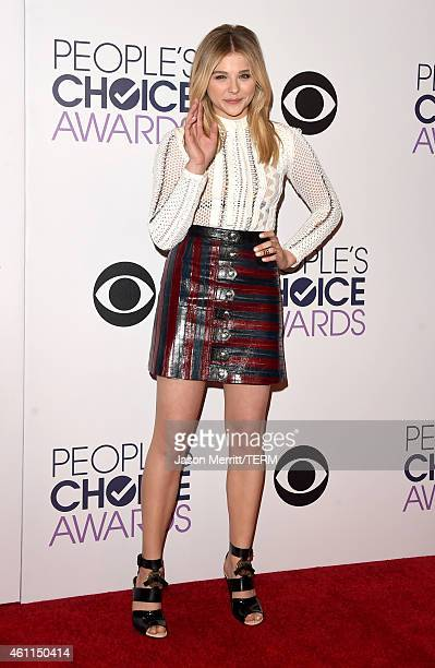 Actress Chloë Grace Moretz poses in the press room at The 41st Annual People's Choice Awards at Nokia Theatre LA Live on January 7 2015 in Los...