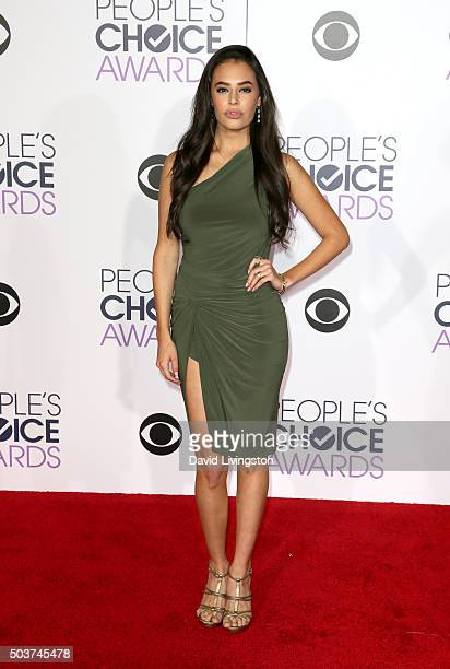 Actress Chloe Bridges attends the People's Choice Awards 2016 at Microsoft Theater on January 6 2016 in Los Angeles California