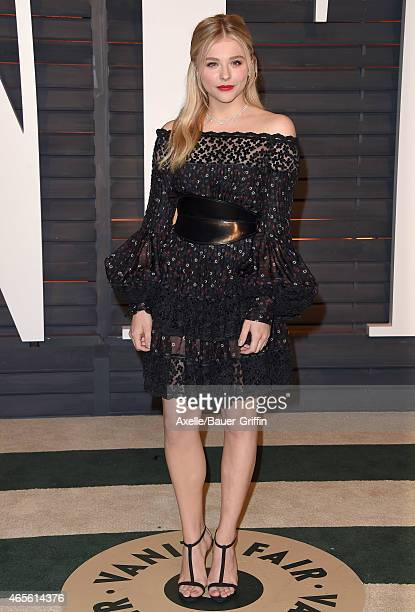Actress Chloe Grace Moretz arrives at the 2015 Vanity Fair Oscar Party Hosted By Graydon Carter at Wallis Annenberg Center for the Performing Arts on...