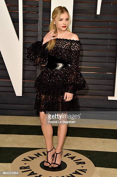 Actress Chloe Grace Moretz attends the 2015 Vanity Fair Oscar Party hosted by Graydon Carter at Wallis Annenberg Center for the Performing Arts on...