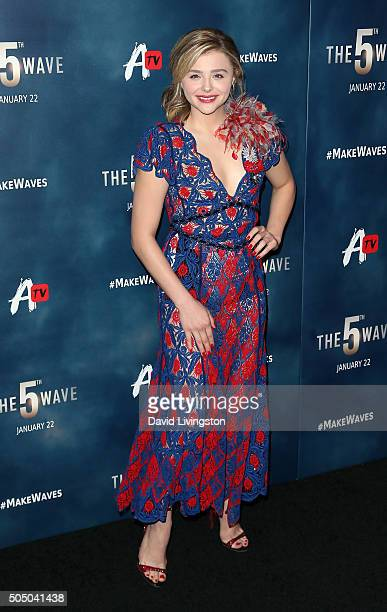 Actress Chloe Grace Moretz attends the AwesomenessTV special fan screening of 'The 5th Wave' at Pacific Theatre at The Grove on January 14 2016 in...