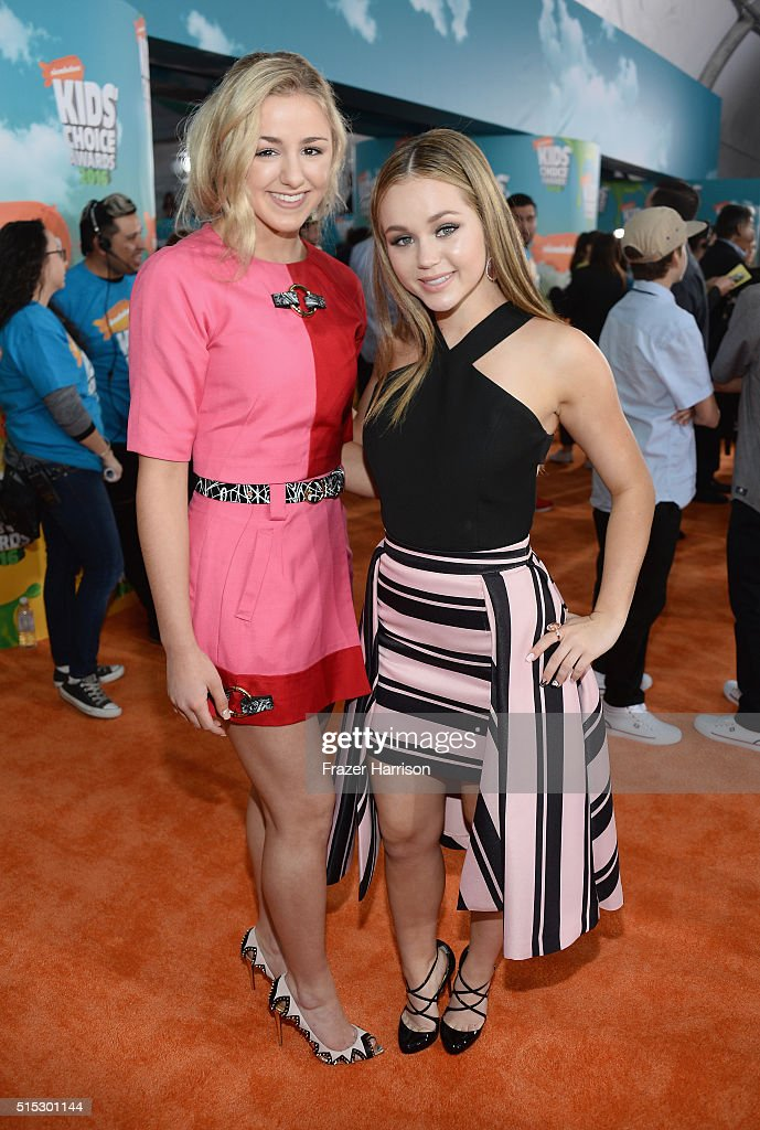 Actress Chloe Lukasiak (L) and Brec Bassinger attends Nickelodeon's 2016 Kids' Choice Awards at The Forum on March 12, 2016 in Inglewood, California.