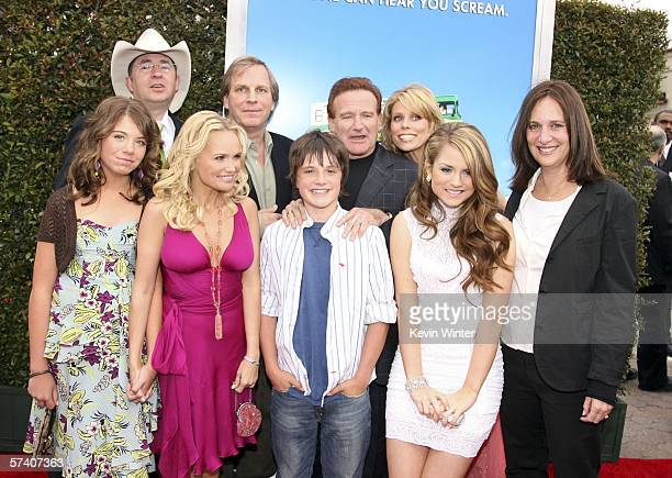 Actress Chloe Sonnenfeld director Barry Sonnenfeld actress Kristin Chenoweth producer Doug Wick actors Josh Hutcherson Robin Williams Cheryl Hines Jo...