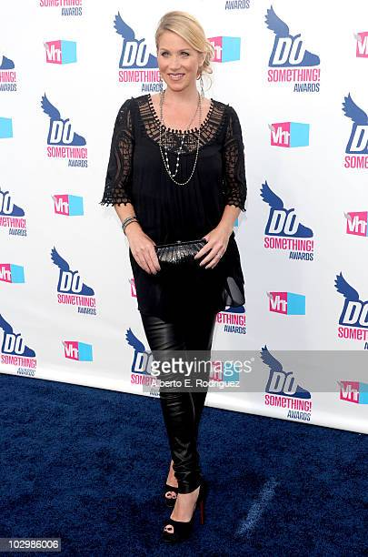 Actress Christina Applegate arrives at the 2010 VH1 Do Something Awards held at the Hollywood Palladium on July 19 2010 in Hollywood California