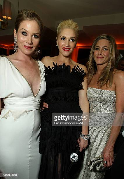 Actress Christina Applegate singer Gwen Stefani and actress Jennifer Aniston attends the 2009 Vanity Fair Oscar party hosted by Graydon Carter at the...