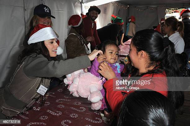 Actress Christina DeRosa participates in The Heartfelt Foundation 35th Annual Christmas/Holiday Service Project held at Santa Monica Pier on December...