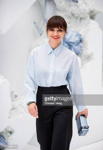 Actress Christina Ricci is seen at Dior during Paris Fashion Week - Menswear Spring/Summer 2020 on June 21, 2019 in Paris, France.