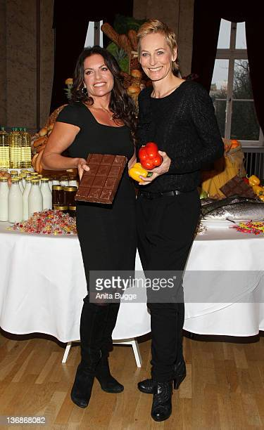Actress Christine Neubauer and TV moderator Baerbel Schaefer attend the Weight Watchers round table press conference on January 12 2012 in Berlin...
