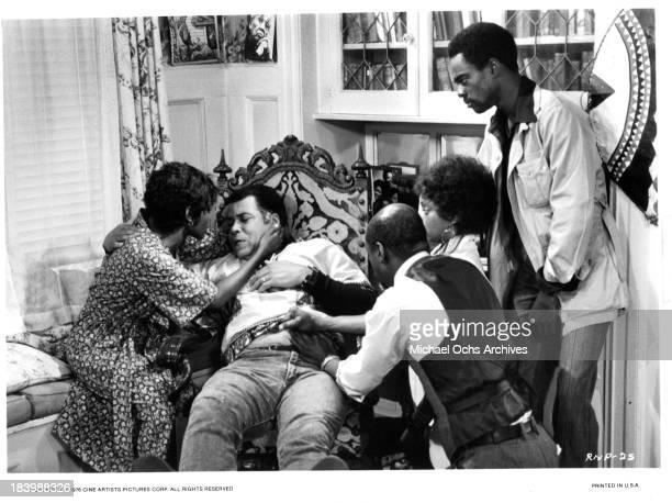 Actress Cicely Tyson actors James Earl Jones Louis Gossett Jr Glynn Turman on set of the Cine Artists Picture movie 'The River Niger' in 1976
