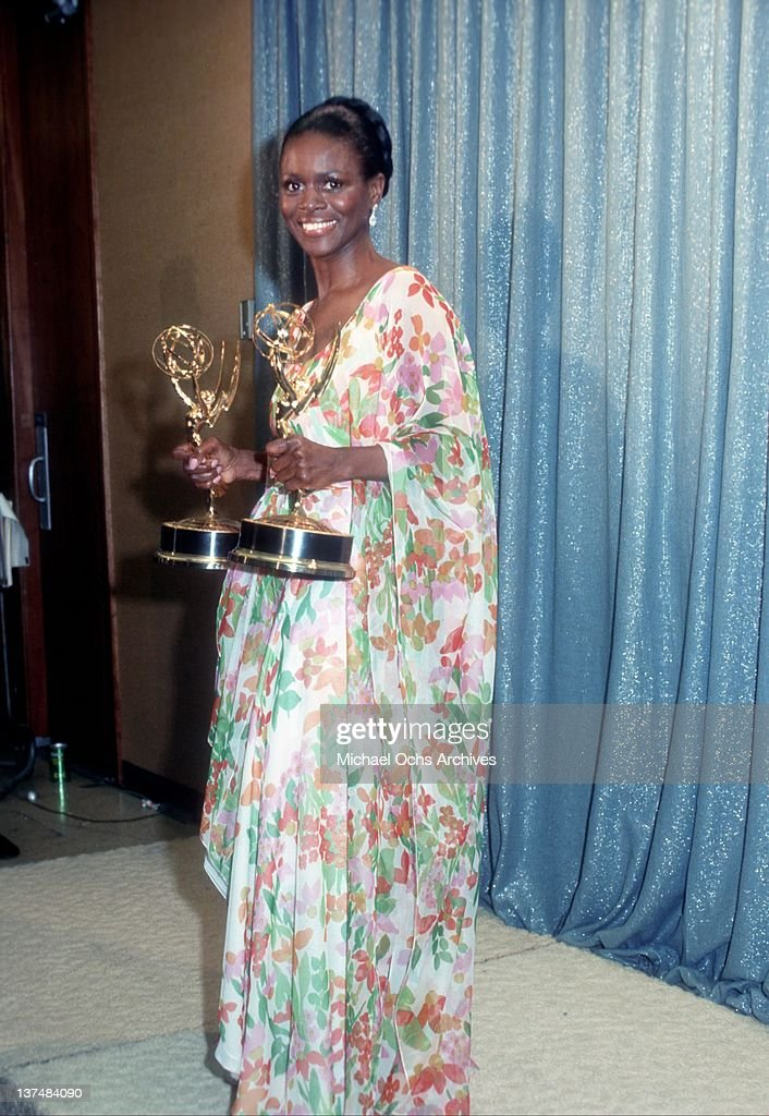 Cicely Tyson With Emmy Awards : News Photo