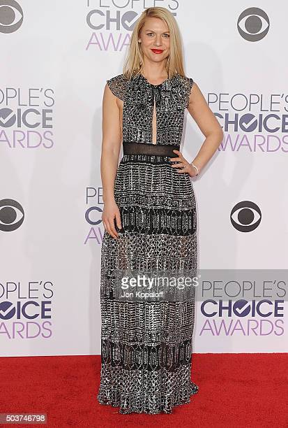 Actress Claire Danes arrives at People's Choice Awards 2016 at Microsoft Theater on January 6 2016 in Los Angeles California