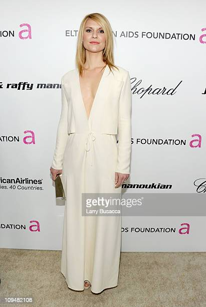 Actress Claire Danes arrives at the 19th Annual Elton John AIDS Foundation Academy Awards Viewing Party at the Pacific Design Center on February 27...