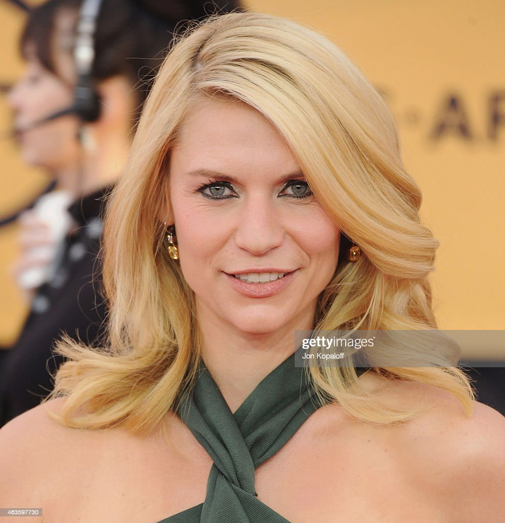 Actress Claire Danes arrives at the 21st Annual Screen Actors Guild Awards at The Shrine Auditorium on January 25, 2015 in Los Angeles, California.