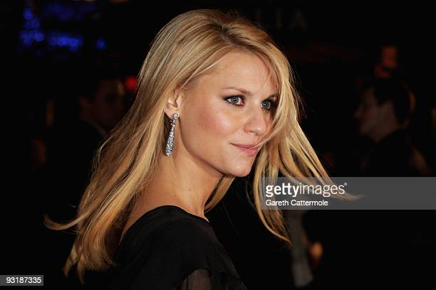 """Actress Claire Danes arrives at the UK film premiere of """"Me & Orson Welles"""" at the Vue West End on November 18, 2009 in London, England."""