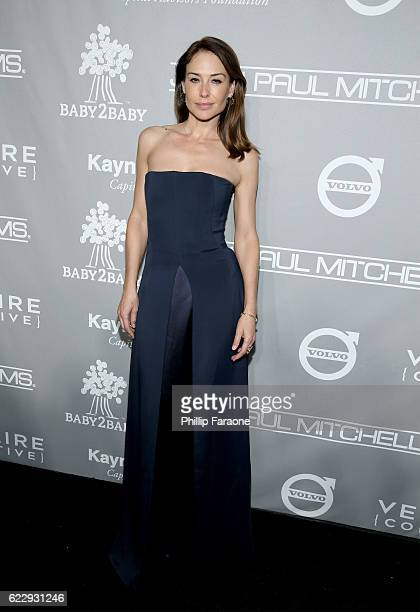 Actress Claire Forlani attends the Fifth Annual Baby2Baby Gala Presented By John Paul Mitchell Systems at 3LABS on November 12 2016 in Culver City...