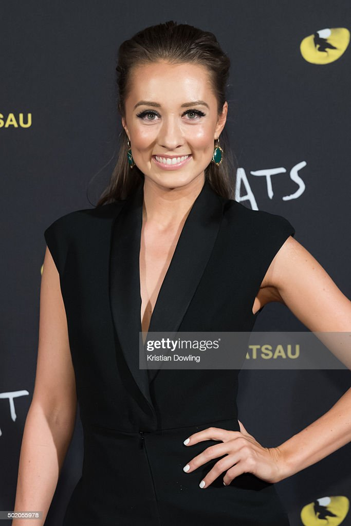 Actress Claire Lyon arrives ahead of CATS Opening Night at Regent Theatre on December 20, 2015 in Melbourne, Australia.