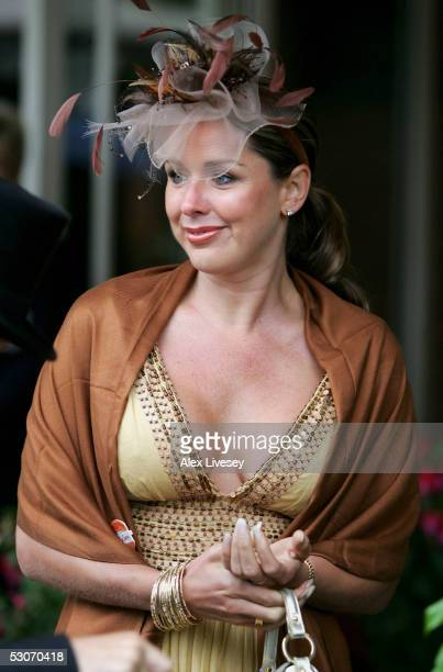 Actress Claire Sweeney arrives for the second day of Royal Ascot held at York Racecourse on June 15 2005 in York England This year's Royal Meeting is...