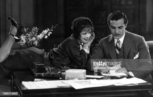 Actress Clara Bow and Antonio Moreno in a scene from the movie It