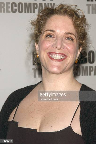 Actress Claudia Shear arrives at the Roundabout Theater Company's 2002 Spring Gala April 22 2002 in New York City