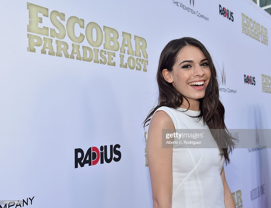 "Premiere Of RADiUS And The Weinstein Company's ""Escobar: Paradise Lost"" - Red Carpet : News Photo"