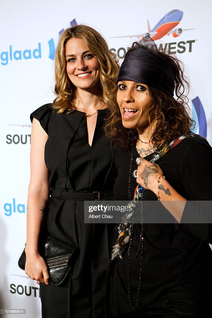 Actress Clementine Ford and Musician Linda Perry arrive at the 21st Annual GLAAD Media Awards held at Marriot Marquis on June 5, 2010 in San Francisco, California.