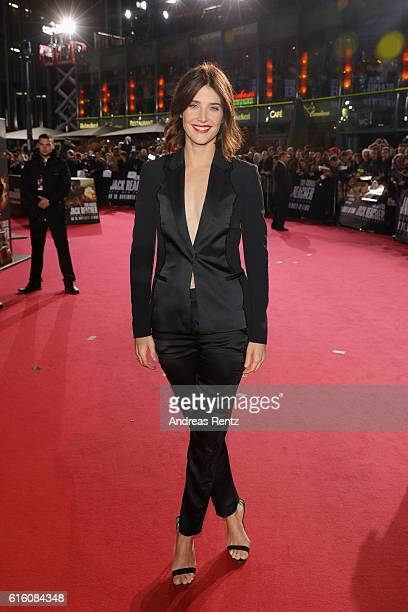 Actress Cobi Smulders attends the 'Jack Reacher Never Go Back' Berlin Premiere at CineStar Sony Center Potsdamer Platz on October 21 2016 in Berlin...