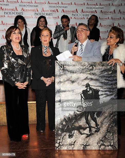 Actress Concha Velasco actress Lina Morgan singer Manolo Escobar and actress Carmen Sevilla attend Concha Velasco 70th birthday party at Alegoria...