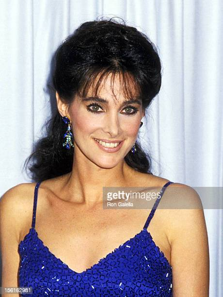 Actress Connie Sellecca attends the 37th Annual Primetime Emmy Awards on September 22, 1985 at Pasadena Civic Auditorium in Pasadena, California.