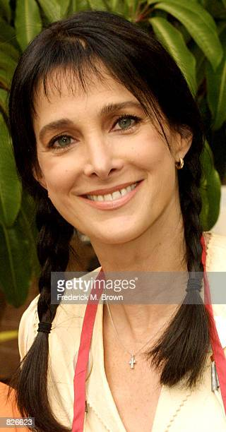 Actress Connie Sellecca attends the Thanksgiving Day Meal for the homeless at the Los Angeles Mission November 21 2001 in Los Angeles CA The Mission...