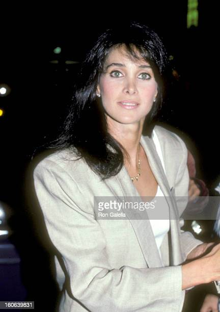 Actress Connie Sellecca on June 8, 1986 dining at Nicky Blair's Restaurant in Hollywood, California.