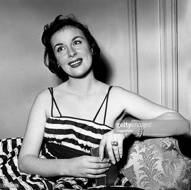 Actress Constance Smith poses for a portrait at a Press reception at the Mayfair Hotel in London 1954