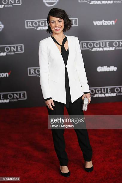 Actress Constance Zimmer arrives at the premiere of Walt Disney Pictures and Lucasfilm's Rogue One A Star Wars Story at the Pantages Theatre on...