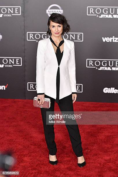 Actress Constance Zimmer attends the premiere of Walt Disney Pictures and Lucasfilm's Rogue One A Star Wars Story at the Pantages Theatre on December...
